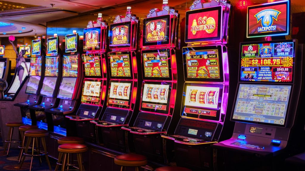 How Much Money Can You Win On A Normal Jackpot Slot?